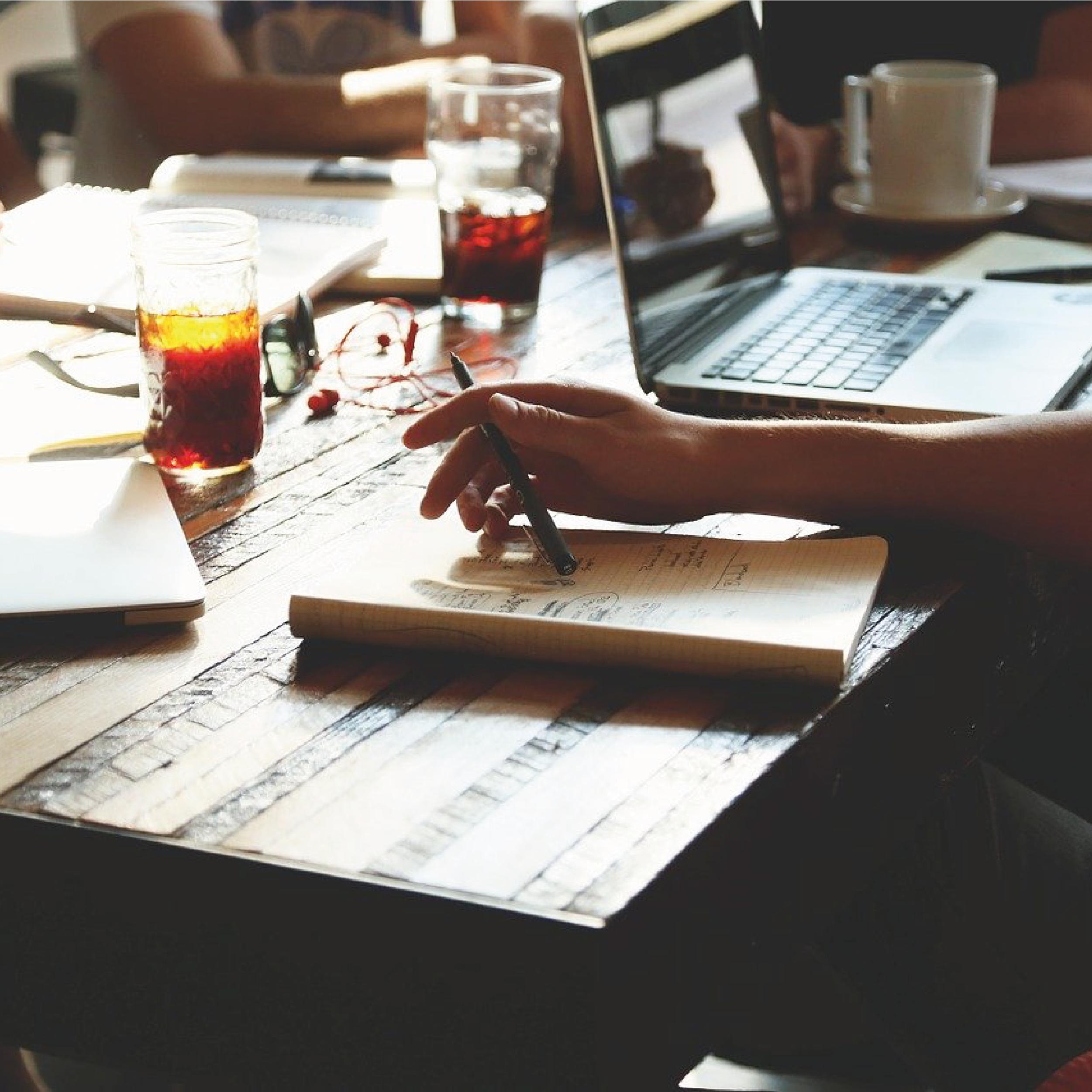Breakout-company-agence-communication-expertise